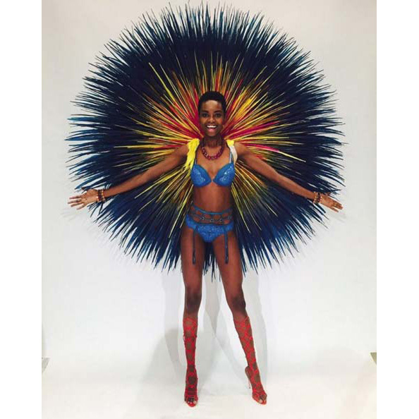 @iammariaborges: AFRICA, this one is for you! I LOVE YOU. Chère Afrique bien aimée... ❣ #MBmakinghistory #afrohair #bigwings #vsfashionshow #vsfs2015 #AFRICA