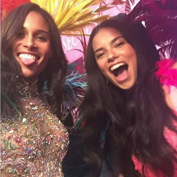 @cindybruna: The Queen of the house @adrianalima @victoriassecret #VSfashionshow2015 #VSbackstage #Vsfashionshow