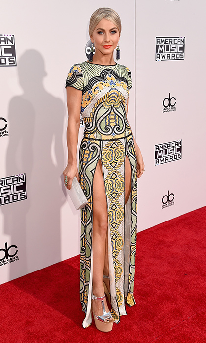 <p>Julianne Hough in Naeem Khan.</p>