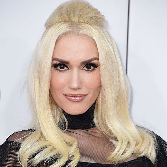 <p><b>Gwen Stefani</b> was the ultimate blonde bombshell with voluminous hair teamed with groomed eyebrows and heavy eyeliner.</p>