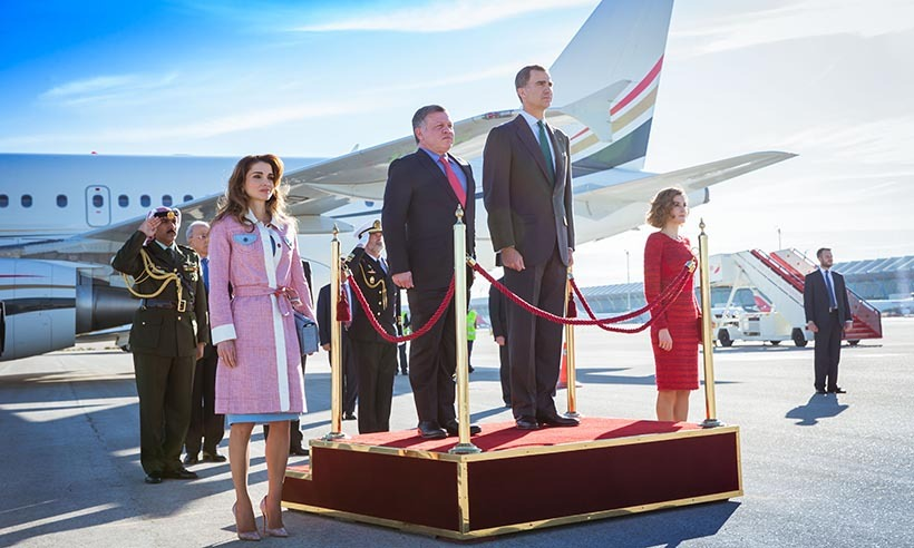 <p>King Abdullah and Queen Rania of Jordan received a very special welcome from King Felipe and Queen Letizia of Spain on their arrival at Madrid's Barajas Airport for a state visit.</p>