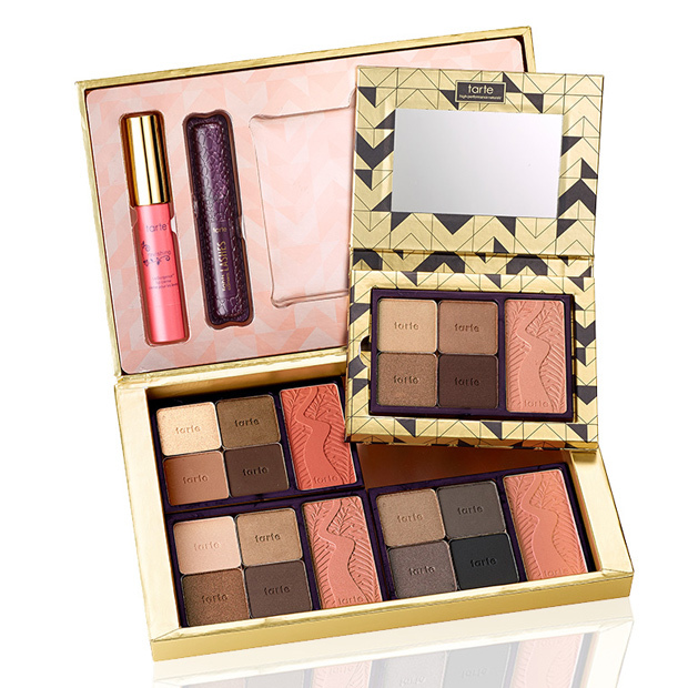 <p>Touch-ups can be tough when your beauty look is the product of a palette, but fret no more! The four quadrants of Tarte's larger set are removable and fit into a purse-sized case for perfect portability. You can also toss the little mascara and lip creme into your bag.</p>  