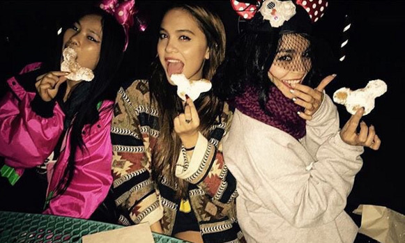 "Enjoying an non-traditional Thanksgiving, Vanessa Hudgens went to Disneyland with her sister Stella and a friend. ""No better way to celebrate the holidays than going to Disneyland and eating beignets.""