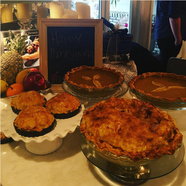 "Yum! JLo cooked up a storm for her family this thanksgiving! ""Giving thanks today and everyday for all the love and goodness in my life. Wishing peace and love into the world. #HAPPYTHANKSGIVING #GRATITUDE#LOVE""