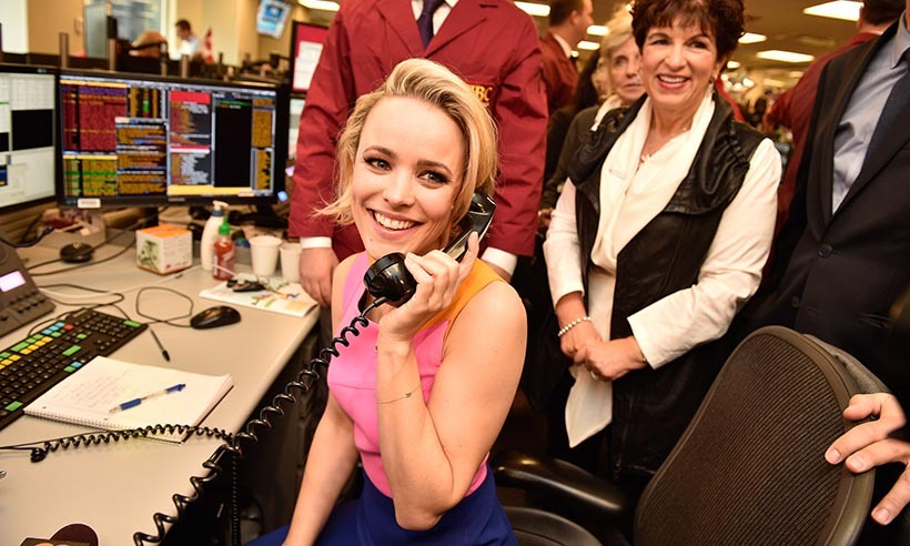<p>Toronto girl Rachel McAdams takes over the phones at the Toronto Stock Exchange to help raise money for CIBC's Miracle Day.</p>