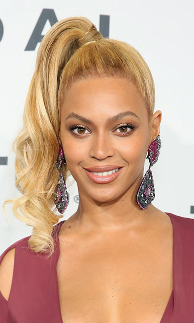 <b>Beyoncé</b>