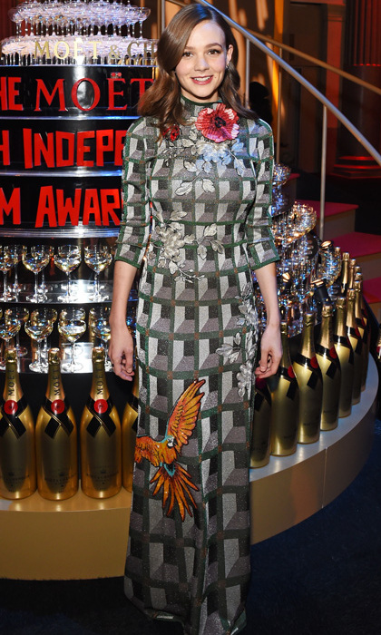 Carey Mulligan is adorable and poised in this geometric-patterned Gucci Spring 2016 jacquard gown embroidered with bird and flower details at the 2015 British Independent Film Awards. 