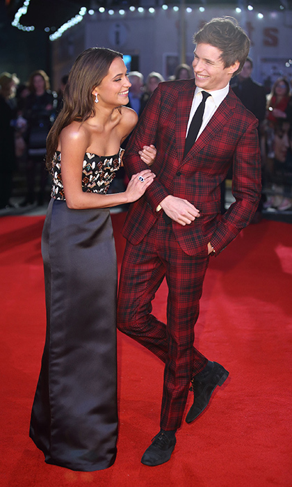 <p>Fresh off their matching Golden Globes and SAG Awards nominations, <i>The Danish Girl</i>'s Alicia Vikander and Eddie Redmayne were all smiles at their film's premiere in London.</p>