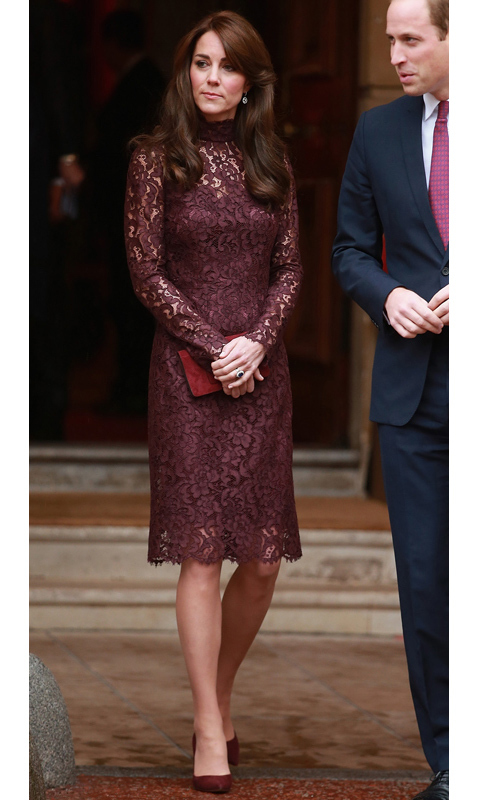 Kate slipped into a lacy Dolce & Gabbana number to welcome the President of China, Xi Jinping, and his wife Peng Liyuan. We love how she contrasted the burgundy lace with similarly hued suede accessories. 