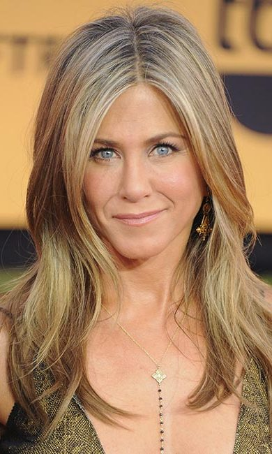 <strong>Jennifer Aniston</strong><br>