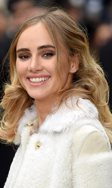 Suki Waterhouse<br>