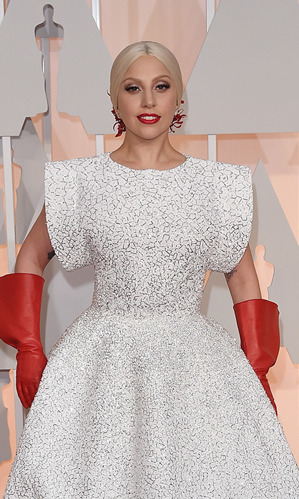 <p><b>Lady Gaga</b>