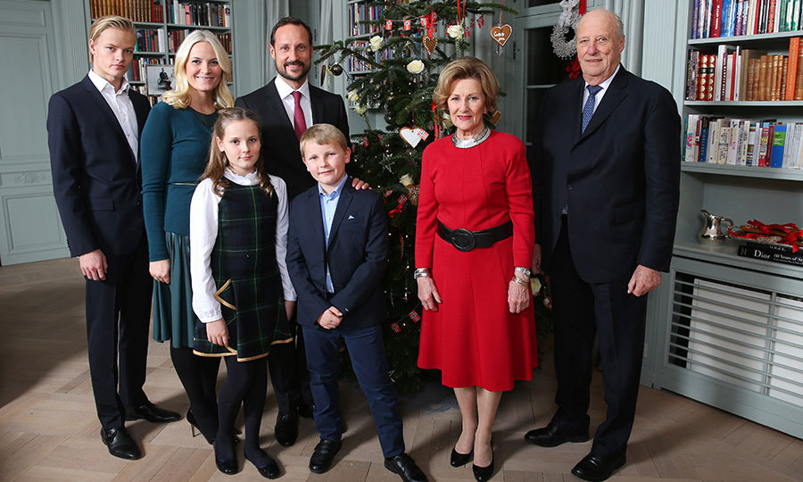 The Norwegian Royals Give A Glimpse Of Their Christmas In New Portraits