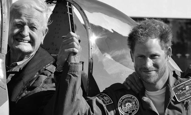 "<p>Prince Harry used his holiday card to pay tribute to 95-year-old war veteran Tom Neil, who he met on his birthday in September. The 31-year-old royal calls the meeting ""one of his favourite moments from 2015.""</p>