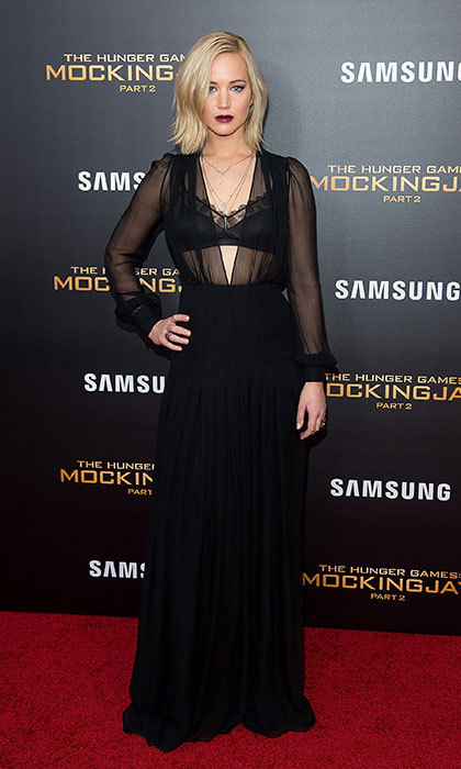 Jennifer Lawrence in Schiaparelli at the New York City première of <em>The Hunger Games: Mockingjay - Part 2</em>.<p>Photo: © Getty Images</p>