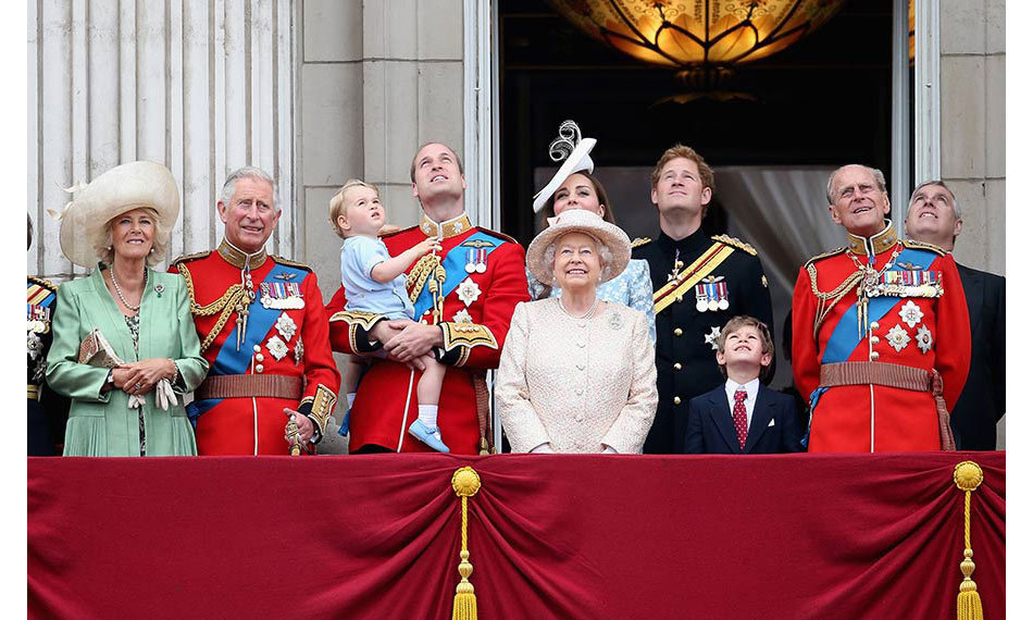 <strong>Trooping the Colour with George and Charlotte</strong>