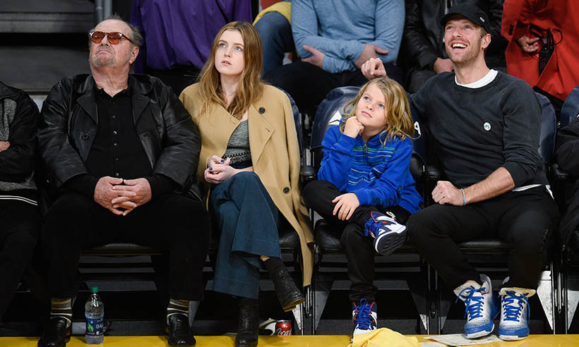 Family fun times! Jack Nicholson and his daughter Lorraine sat courtside with Chris and Moses Martin on Jan. 5. The basketball fans took in a match between the Golden State Warriors and the Los Angeles Lakers at the Staples Center.