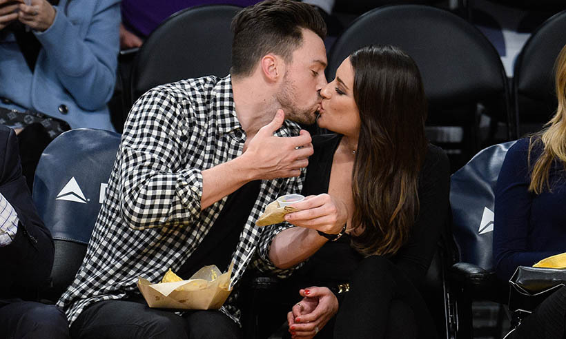 Kisses caught on camera! Lea Michele cozied up to boyfriend Matthew Paetz at a NBA game between the Golden State Warriors and the Los Angeles Lakers.