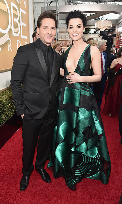 Jaimie Alexander and fianc&acute; Peter Facinelli made a perfect pair on the red carpet.<br>