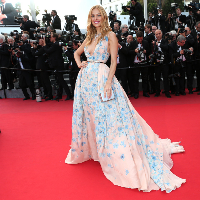 Supermodel Petra Nemcova brings the garden to the red carpet in a printed Zuhair Murad Couture gown.