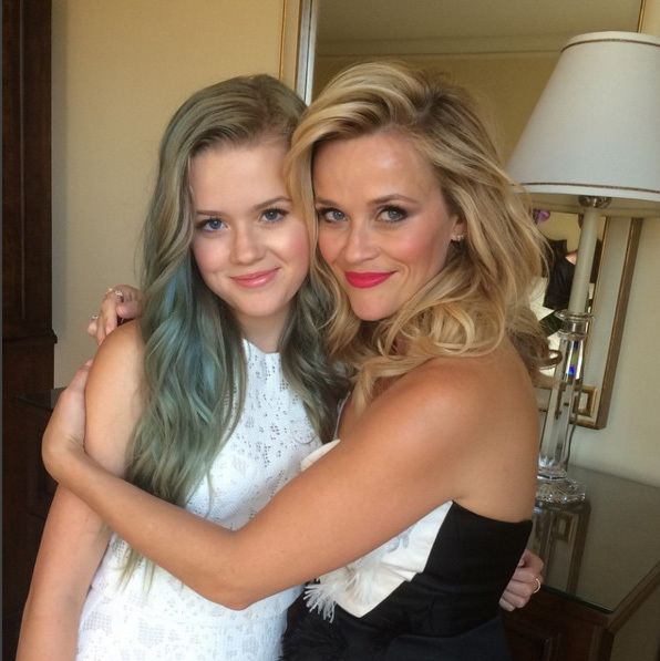 <h2>Reese Witherspoon and Ava Phillippe</h2>