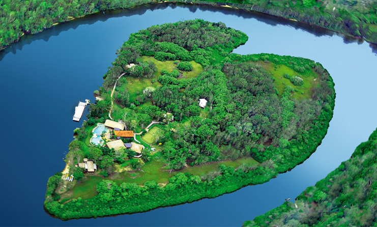 <strong>Sir Richard Branson's Makepeace Island, Australia</strong>