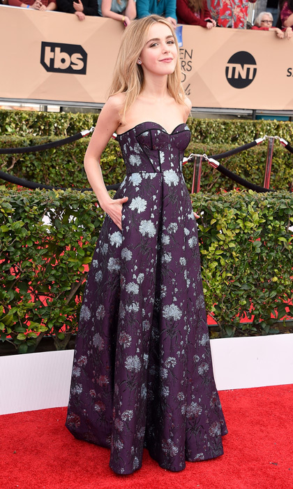 Kiernan Shipka in Erdem.