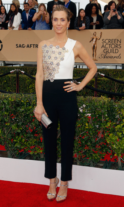 Kristen Wiig in Roland Mouret