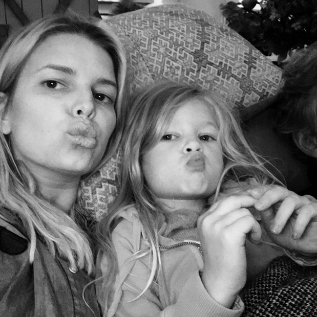 <h2>Jessica Simpson and daughter Maxwell</h2>