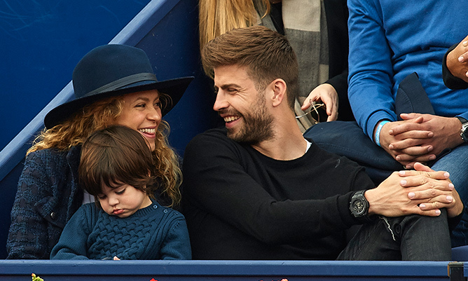 Forget the tennis action at the Barcelona Open, Shakira and Gerard had eyes only for each other. 