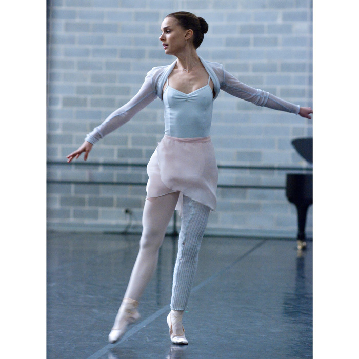 <h2>EN POINTE</h2>
