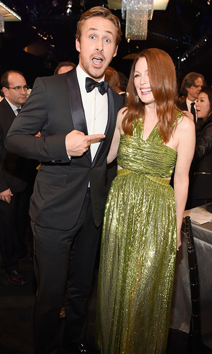 Ryan Gosling let his inner fanboy out when he caught up with his <em>Crazy, Stupid, Love</em> co-star Julianne Moore at the SAG Awards in Los Angeles. 