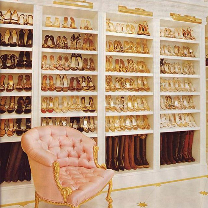 "Mariah Carey's shoe emporium is bigger than most bedrooms. When the ""Hero"" singer gets ready to go out, she has rows and rows of sparkly stilettos, diva-worthy pumps and boots in every colour at her disposal. 