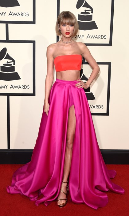 <h2>THE RETURN OF THE CHOKER NECKLACE</h2>