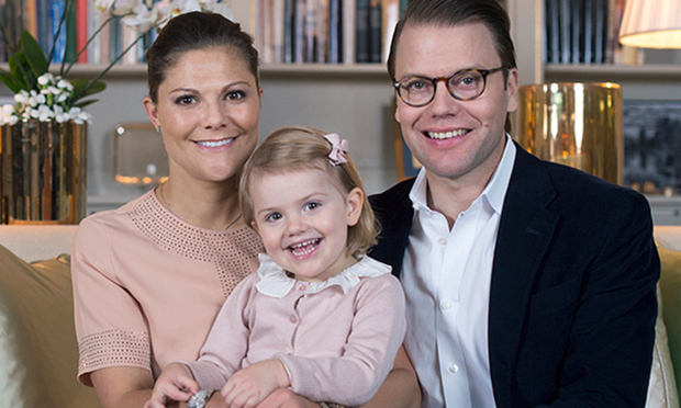 September 2015: Estelle is all smiles after it is announced that she is going to be a big sister. 