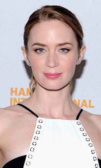 Emily could have stepped out of old Hollywood for the Hamptons International Film Festival where she rocked pale pink lips, a sleek chignon and classic winged eyeliner.