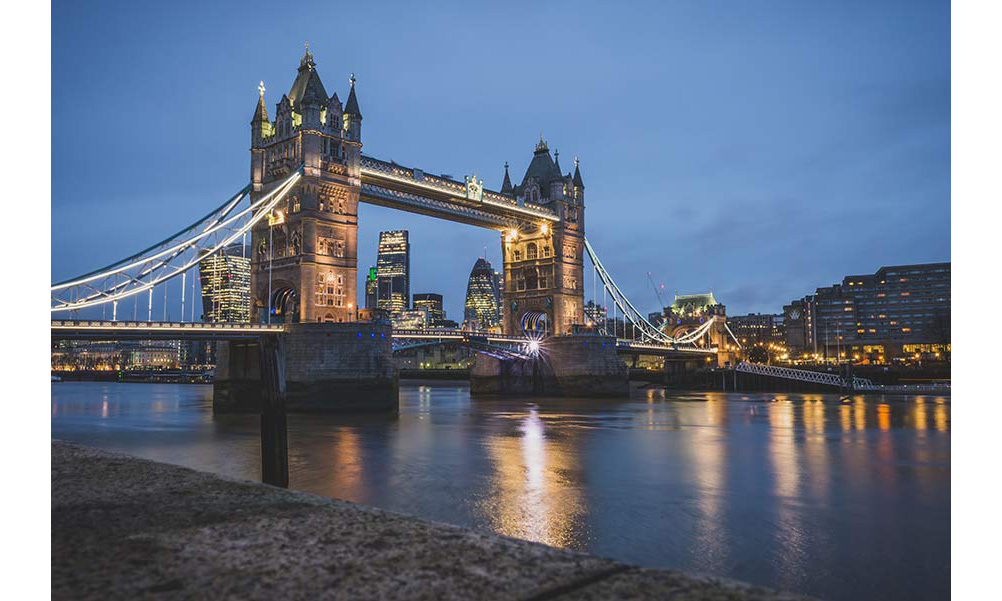 <p><strong>London</strong><br>