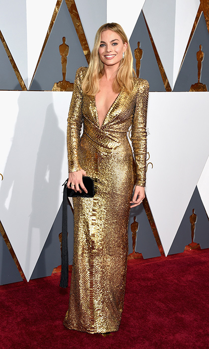 Margot Robbie in Tom Ford.