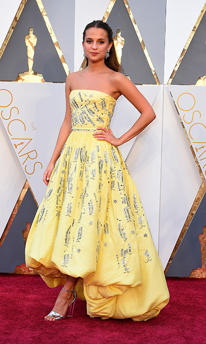 <h2>BLING RING</h2>