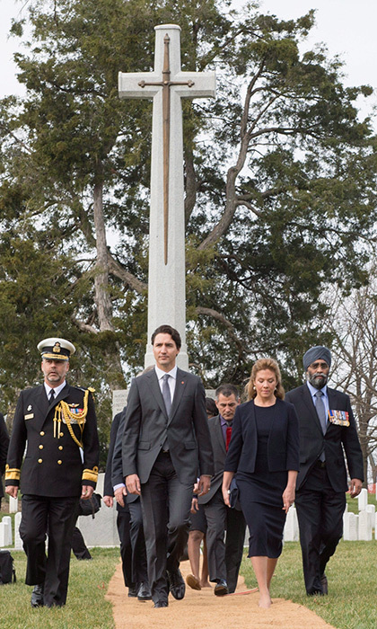 On Friday, Justin and Sophie were joined by Defence Minister Harjit Sajjan (far right) at a special wreath laying ceremony at the Arlington National Cemetery.   