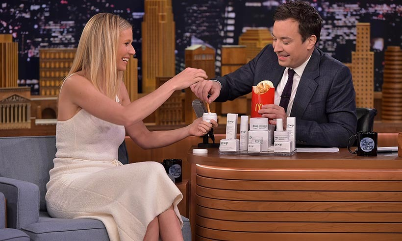 Gwyneth Paltrow showed Jimmy Fallon how natural her new skin cream is by using it as a dip for french fries. 