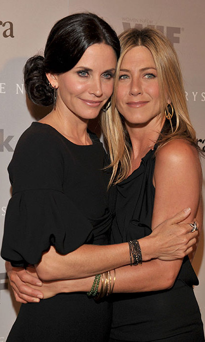 <h2>JENNIFER ANISTON AND COURTENEY COX