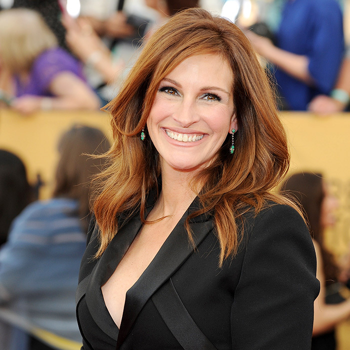 <h2>Julia Roberts</h2>