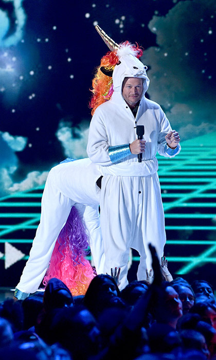 <i>The Voice</i> judge Blake Shelton lived out his unicorn dreams as host of the Nickelodeon Kids' Choice Awards in California. 