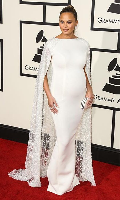 She was simply stunning in white at the Grammy Awards.