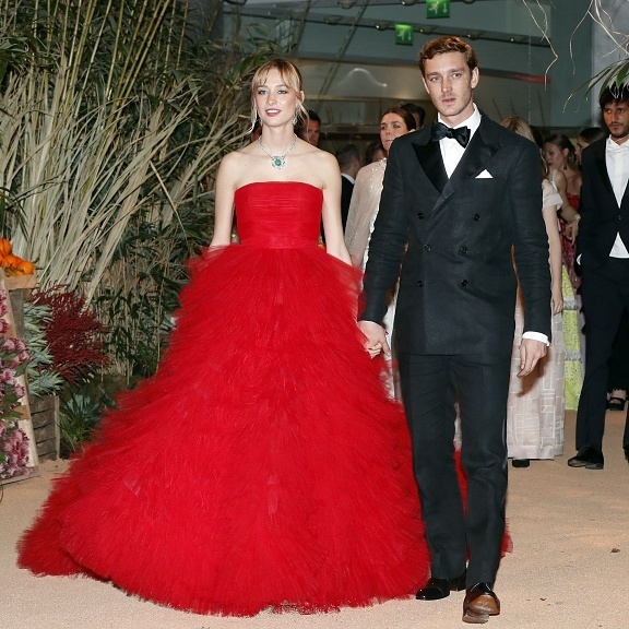 The couple made their Monaco Rose Ball debut as husband and wife in spectacular style, with Pierre in a double-breasted tux and Beatrice in Giambattista Valli haute couture.