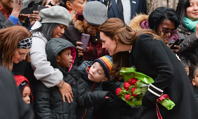 After spending some time at the Northside Center for Child Development in New York City, Kate took some time to chat with children who waited to see the royal. 