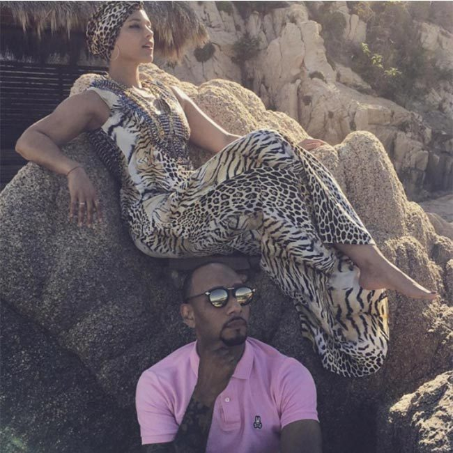 <strong>Look fabulous