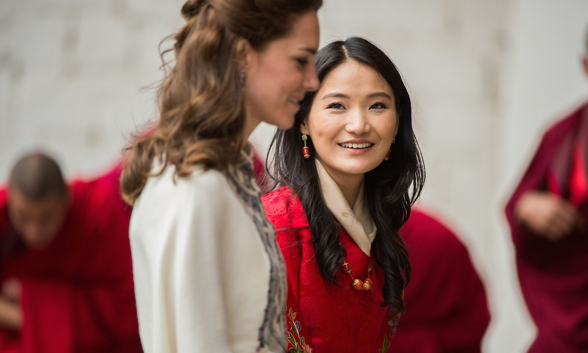 Queen Jetsun Pema was fresh-faced and beautiful welcoming Duchess Kate to Bhutan during the 2016 royal tour. She wore her hair in loose waves, some light black liner on her eyes and a pale pink lip.