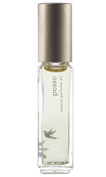 <p>Violet, frankincense and Bulgarian rose create an alluring bouquet. </p>